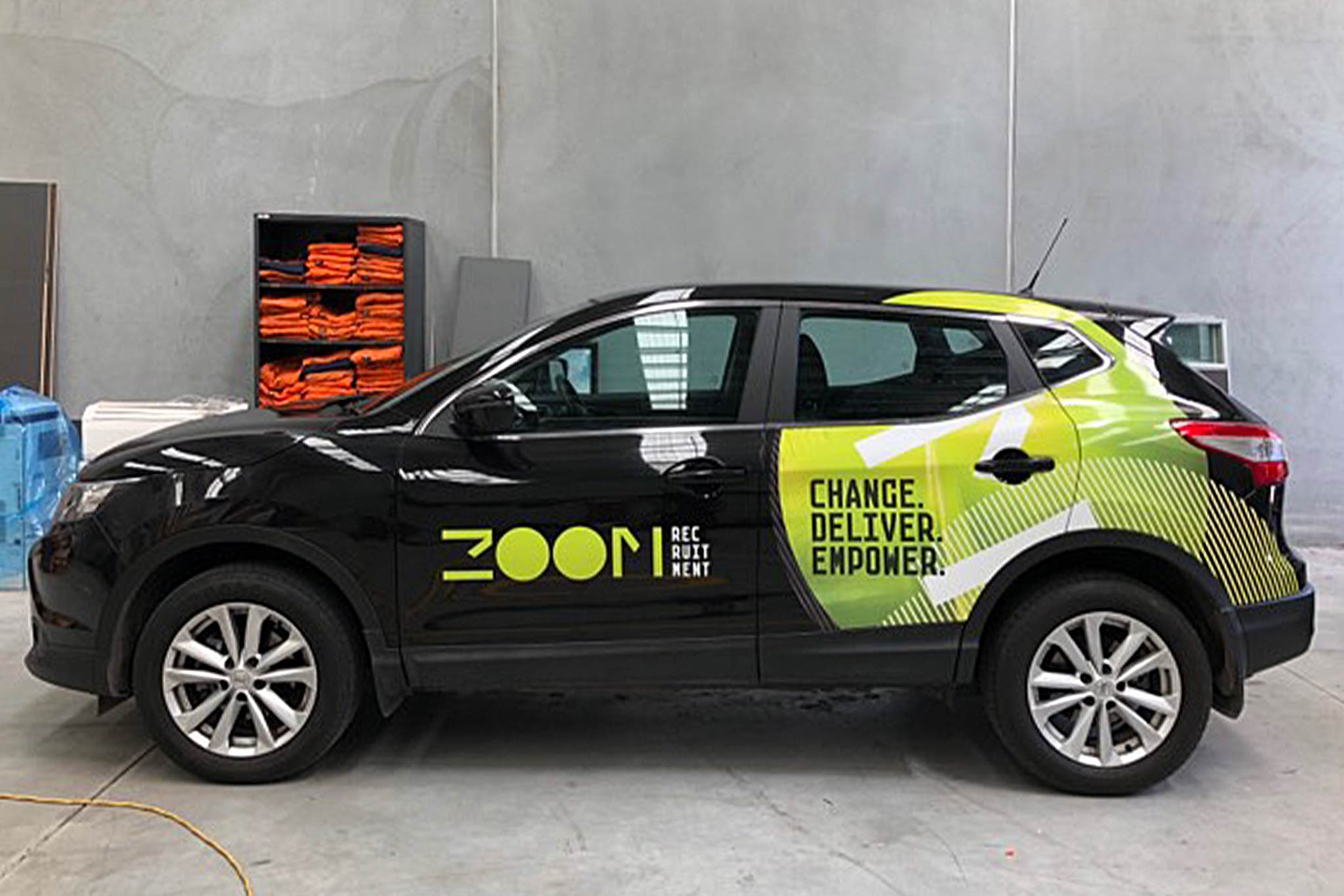 zoom-recruitment-vehicle-wrap_5