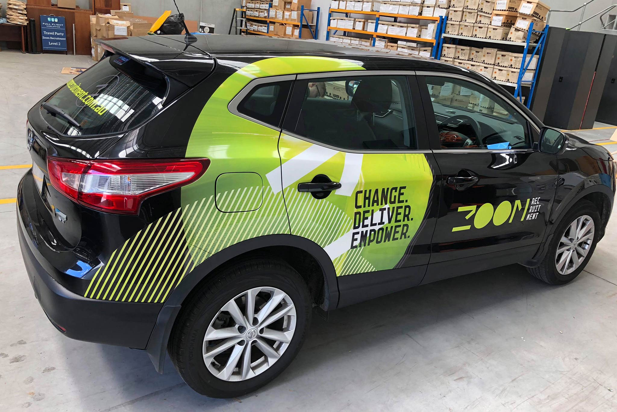 zoom-recruitment-vehicle-wrap_6